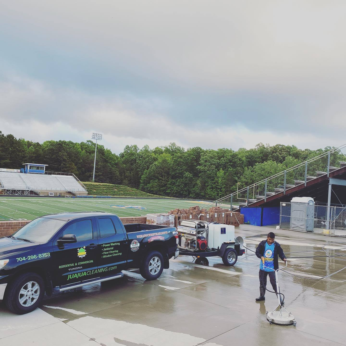 commercial power washing Huntersville